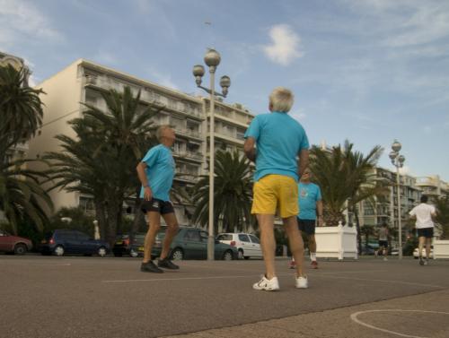giocatori sulla promenade