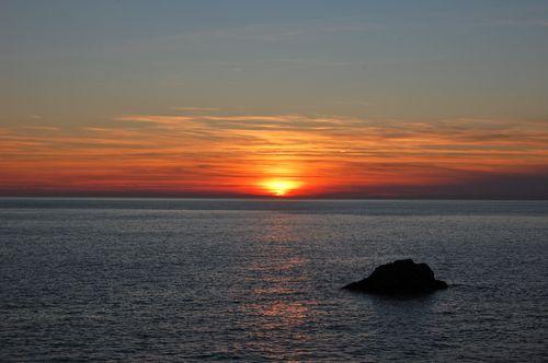 tramonto rosso a monterosso