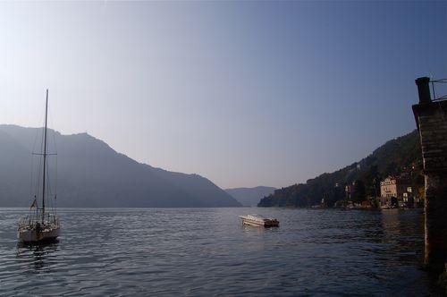 lago mattutino