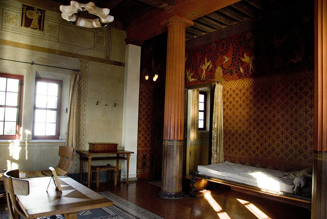Villa k rylos beaulieu sur mer anto 39 s bubble for Arredamento casa antica